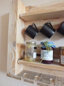 Étagère de cuisine pour nos meubles de palettes2