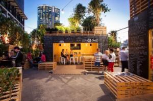 Café à Melbourne faite avec des palettes4