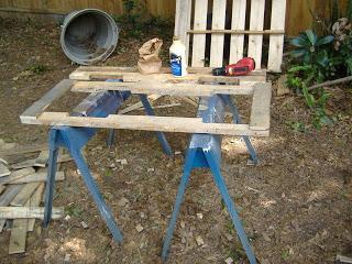 Construire une jardinière avec des palettes2