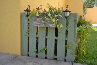 Faites une barrière avec palettes recycléesMeuble en Palette ...