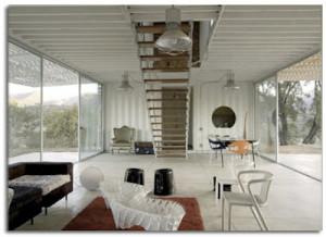 Maison Manifesto Construit avec des conteneurs maritimes et des palettes2