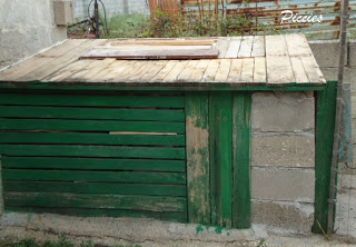 Bureau composé de palettes en bois re-recyclé2