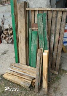 Bureau composé de palettes en bois re-recyclé3