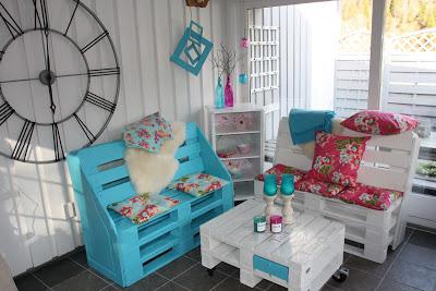 Fauteuils et table basse pour décorer un coin de votre maison
