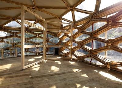 L'entreprise Avatar Archittetura designes un pavillon de palettes2