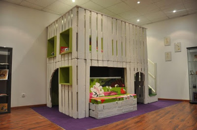 Maison de jeu pour vos enfants faites de palettes en bois 2-1