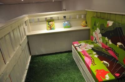 Maison de jeu pour vos enfants faites de palettes en bois 2-3