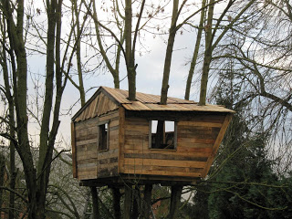 Palette cabane dans les arbres pour nos enfants