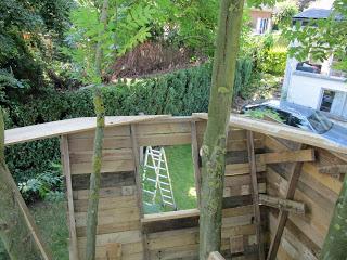 Palette cabane dans les arbres pour nos enfants5