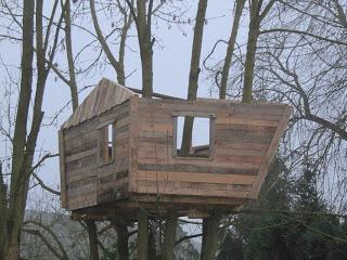Palette cabane dans les arbres pour nos enfants7