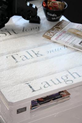 Table basse faite de palettes3