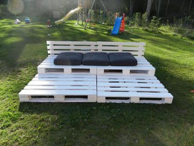 Tribune Chill-out faite de palettes en bois recyclées