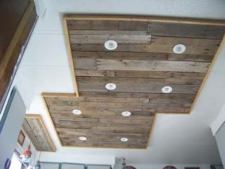 clairage dans une cuisine utilisant des planches de palettes en boismeuble en palette meuble. Black Bedroom Furniture Sets. Home Design Ideas
