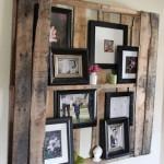 Étagère de palettes pour mettre des photos et autres petits objets décoratifs