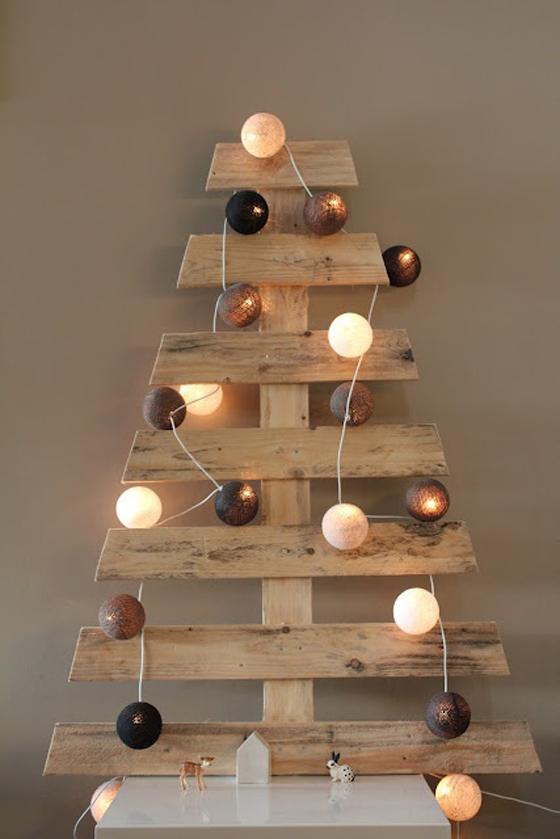 Arbre de no l avec des palettesmeuble en palette meuble for De l arbre au meuble
