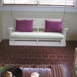 Construire avec des palettes en bois recyclées un fauteuil à bascule