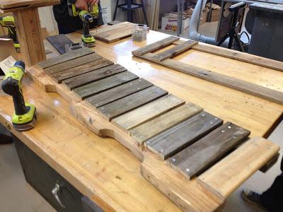 Bauen mit Recycling Holzpaletten eine schwingende Sofa5