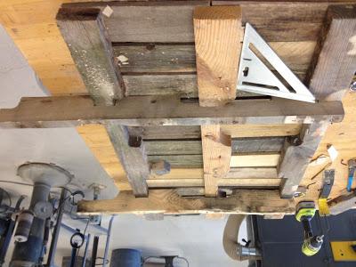 Bauen mit Recycling Holzpaletten eine schwingende Sofa7