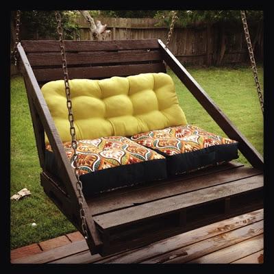 Construction d'un balançoire de canapé facile à faire avec des palettes