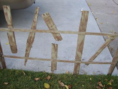 Décorez votre jardin à l'Halloween avec un cimetière faite de palettes4