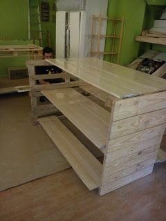 Eco Boutique toute meublé avec des meubles en palettes4