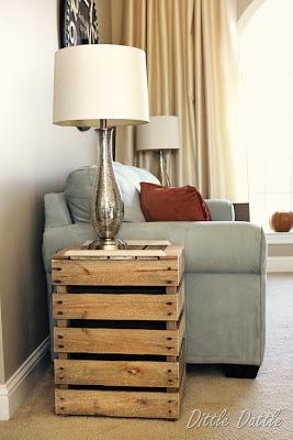 Erstellen Sie eine rustikale Nachttisch mit recycelten Holzpaletten2
