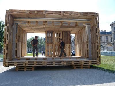 Le Paletten Haus, une maison abordable fait complètement avec des palettes en bois3