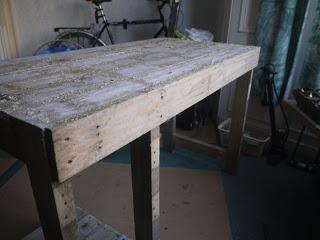 PC table faite avec des palettes en bois12
