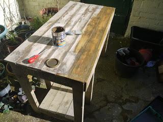 PC table faite avec des palettes en bois19