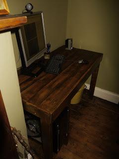 PC table faite avec des palettes en bois21