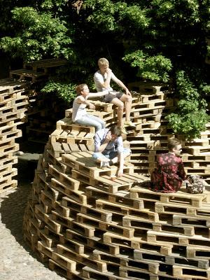Pavillon faite de palettes par les étudiants de l'École d'architecture d'Aarhus4