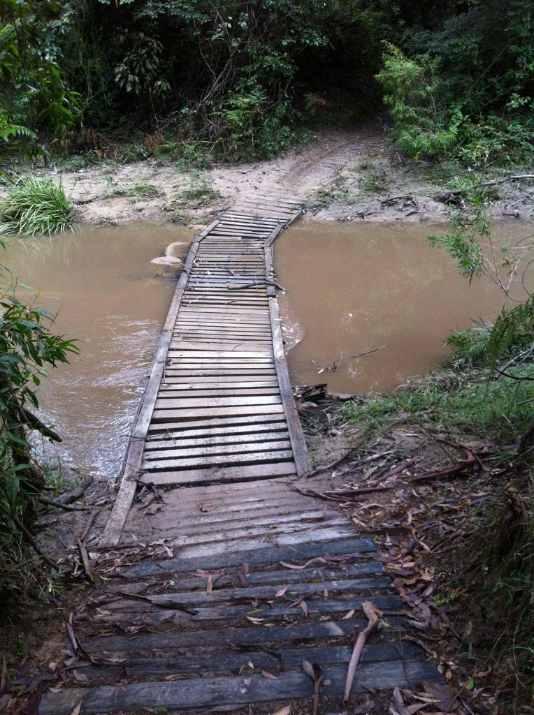 Pont construit avec des palettes recyclées2