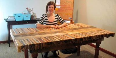 Table faite de planches de palettes12