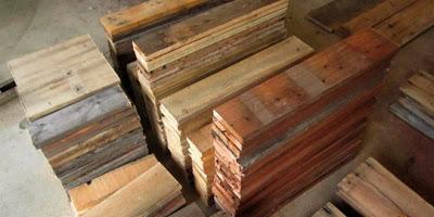 Table faite de planches de palettes3