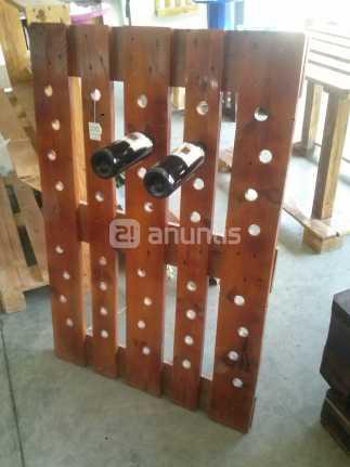 Id es de porte bouteilles base de palettesmeuble en for Fabriquer un porte bouteille en bois