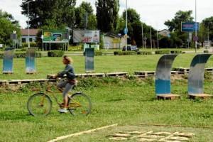 Brodno parc à thème construit avec des palettes en Targowek , Varsovie5