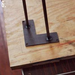 Comment faire une table rustique et vintage avec des planches de palettes (9)