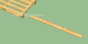 Plancher simple faite avec des palettes en bois1