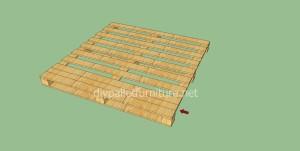 Plancher simple faite avec des palettes en bois4
