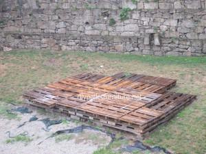 Plancher simple faite avec des palettes en bois7