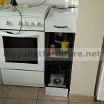 Armoire de cuisine faite avec des palettes