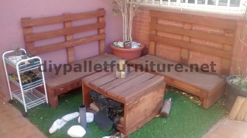 Canap et table pour la terrasse faite avec des - Canape fait avec des palettes ...