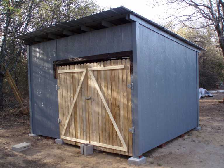 Guide tape par tape sur la fa on de faire un cabanon ou for Construire une porte