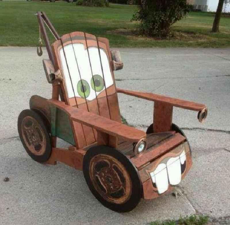 Caract riser une chaise faite avec des palettesmeuble en - Canape fait avec des palettes ...