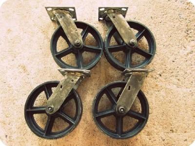 Comment ajouter des roues à une table de palette 2