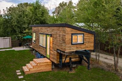 Maison construite avec des planches de palettes en bois pour moins de € 10,000 ( $ 12,000 ) 5