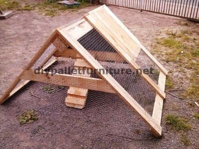 stia contruito con tavole di legno di pallet