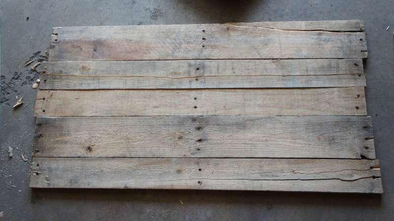 Comment faire un cadre photo avec des palettesmeuble en - Que faire avec des palettes en bois ...