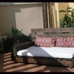 Comment faire un canapé-chaiselong avec des palettes, des explications et des plans