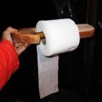 Comment faire un support de papier toilette avec palettes